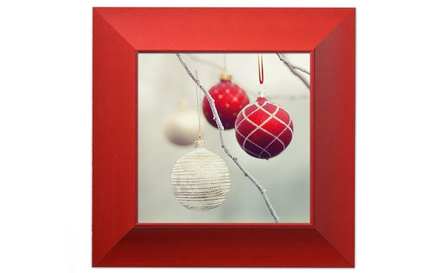 DST7 Red Frame with Christmas Ornaments